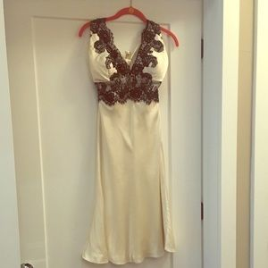 WHBM cocktail dress with black lace detail, sz4